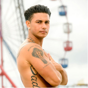 DJ Pauly D Lets His Hair Down