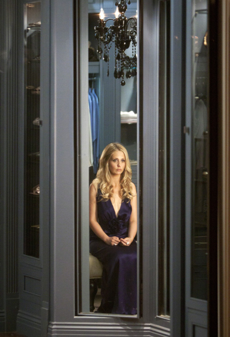 Everything You Need to Know About Ringer Episode 7!