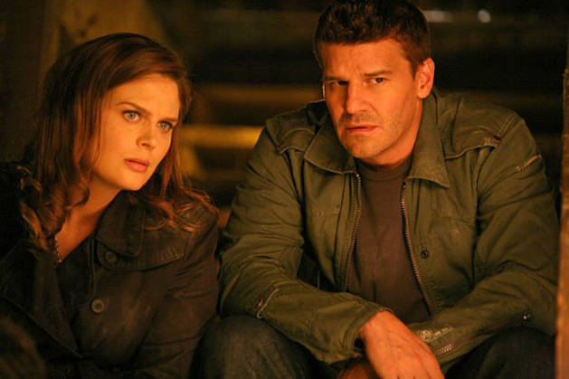 David Boreanaz and Co-stars Tease Tonight's All-new Bones! What to Expect on Season 7, Episode 5