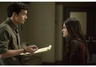 Spoiler: Will Aria and Ezra Be Together in Season 2?