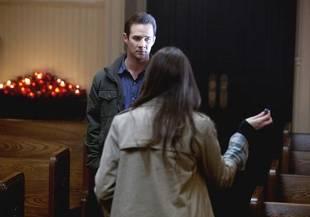 Ian Dies! Pretty Little Liars Season 1 Finale