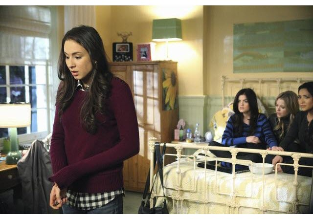 """Fool My Best Friend, You're Dead Freaking Meat"" and More Pretty Little Liars Quotes: Season 1, Episode 21"