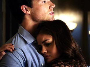 Spoiler: Will Ezra and Aria Go Public on Pretty Little Liars Season 2?