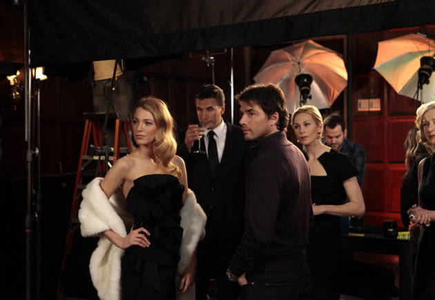 "Gossip Girl Recap: Lost Loves and a ""Life-Changing"" Kiss in ""The Kids Stay in the Picture"""