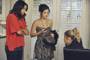 Pretty Little Liars Fashion: Get Aria's Cute Date Dress From Season 2, Episode 16