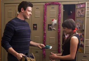 Glee Season 3 Spoilers: There's a Surprise Shotgun Wedding in Episode 10: