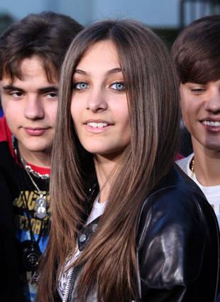 Michael Jackson's Daughter Paris Meets Justin Bieber ...