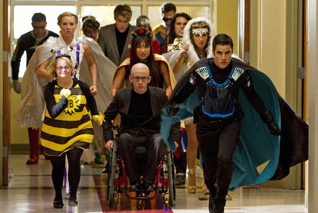 Spoiler Clip of Glee Season 4, Episode 7:  Sorry, Superheroes — The Warblers Just Stole Your [Spoiler]! (VIDEO)