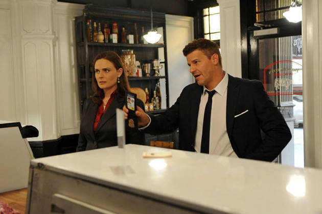 Bones News! The Hottest Stories of the Week — November 3, 2012