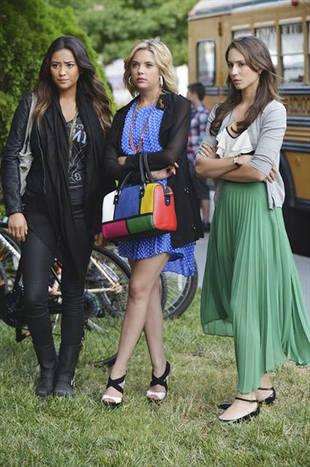 Season 3B Spoilers, Toby's Evil Side, and Finale Scoop: Pretty Little Liars Week in Review 12/13