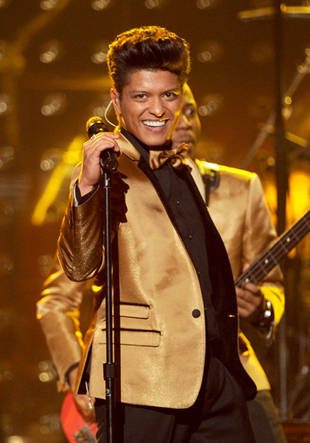 Bruno Mars to Perform on The Voice Season 3 Live Finale, Dec. 18, 2012