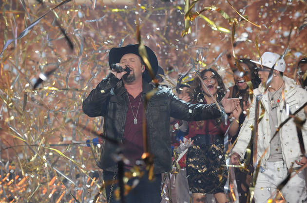 Tate Stevens Wins X Factor 2012!