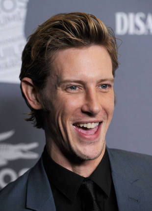 Is Revenge's Gabriel Mann Gay? You Asked, We Answered