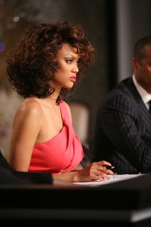 """Tyra Banks Promises to Behave Like a """"Human Being"""" for """"Magic"""" Cycle 19"""