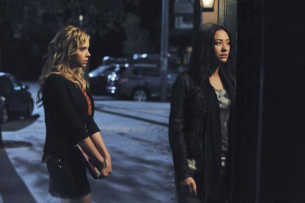 """This Isn't Yahtzee Sweetie"" Quotes From Pretty Little Liars Season 2, Episode 24"