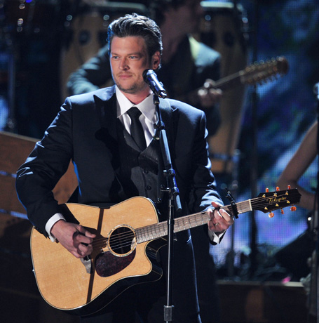 When Is The Voice Coach Blake Shelton Going on Tour in 2012?