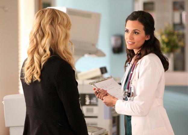 Vampire Diaries Spoilers: Is Meredith Sticking Around Mystic Falls For Season 4?