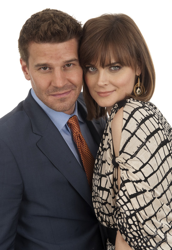 Bones' Emily Deschanel and David Boreanaz: True (Co-Star ...