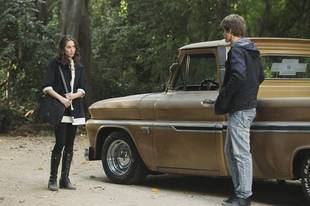 Pretty Little Liars Spoiler: Will Spoby Break Up in Season 3?