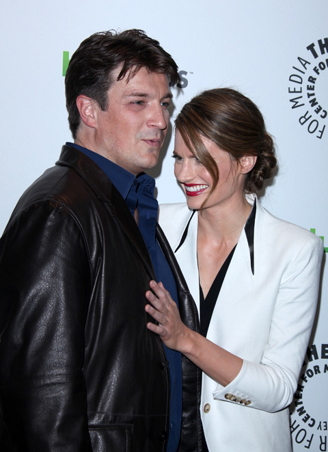 stana katic and nathan fillion dating in real life