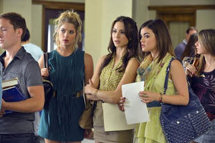 "Pretty Little Liars Season 3 Premiere Recap: Dong Po & The Return of ""A"""