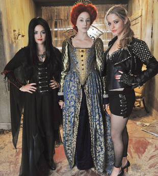 The Pretty Little Liars Season 3 Halloween Episode Starts Filming on July 18