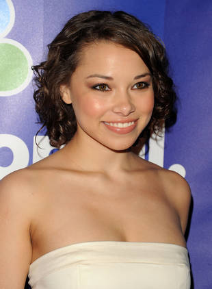 Secret Circle's Jessica Parker Kennedy Cast on 90210