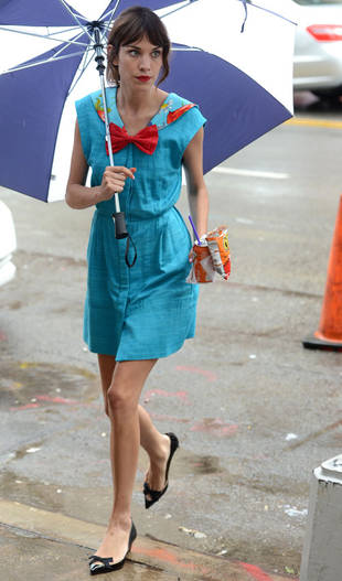 Spotted: Alexa Chung on The Set of Gossip Girl Season 6!