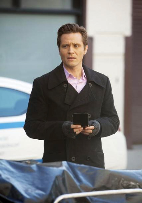 Seamus Dever Teases Another Detective Ryan-Centric Episode in Castle Season 5