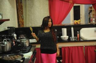 "Pregnant Snooki Was ""Lonely"" During Jersey Shore Season 6"