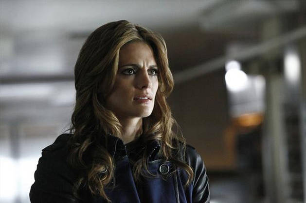 Castle Season 5 Spoiler: Beckett Barges in on Castle and [SPOILER!] in Episode 2