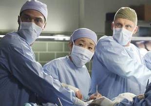 Grey's Anatomy Season 10 Spoilers: Docs Put Superglue in a Patient's Heart?