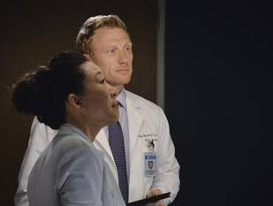 Grey's Anatomy Season 10 Spoilers: Will Cristina and Owen's Breakup Last?