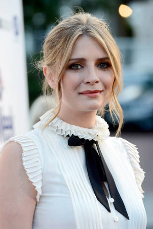 "Mischa Barton Recounts Her ""Full-On Breakdown"" and Suicide Threat in 2009"