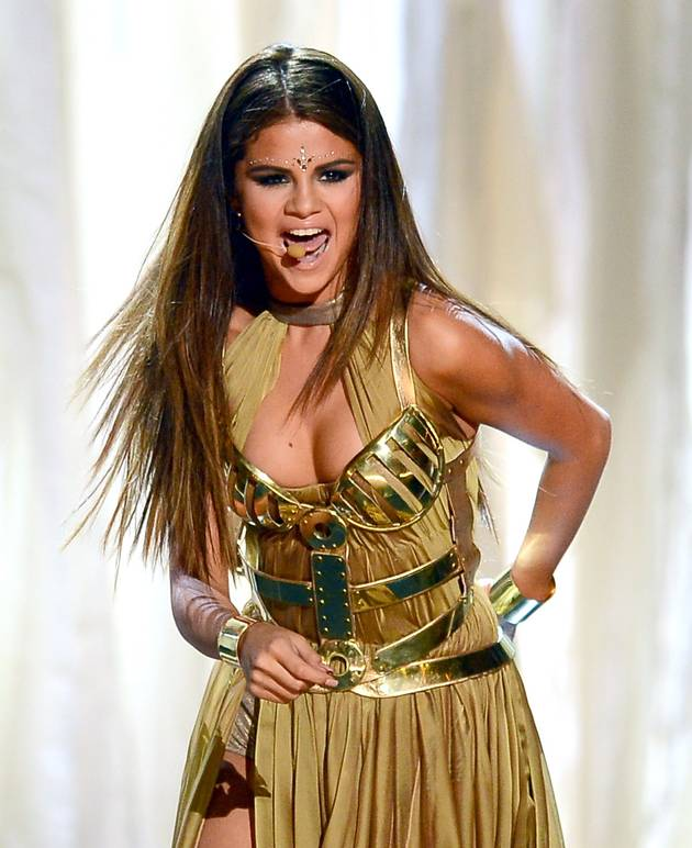 """Selena Gomez Won't Pull a Miley Cyrus — Despite Being Told She's """"Not Sexy Enough"""""""