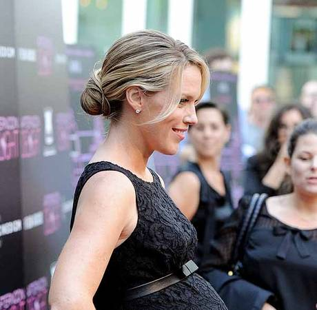 Bridesmaids Actress Gives Birth to Baby Girl!
