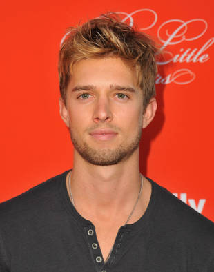 Pretty Little Liars Star Drew Van Acker on Jason's Return and His Connection to Mona — Exclusive