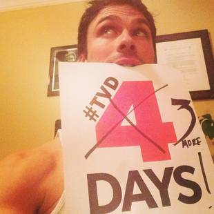 Ian Somerhalder Shows Off His Muscles in Sexy Vampire Diaries Premiere Countdown! (PHOTO)