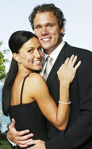 Bachelor and Bachelorette Stars Who've Written Books — Besides Courtney Robertson