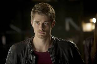 The Tomorrow People's Luke Mitchell on John Young's Dark Past and CW Love Triangles — Exclusive