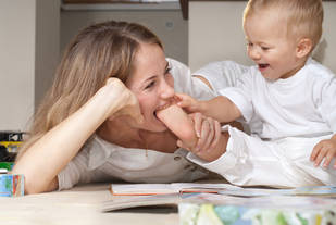 """You're A Stay-At-Home Mom? What Do You DO All Day?"" Blog Post By Male Writer Goes Viral"