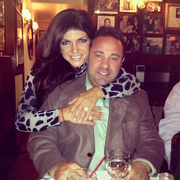 Joe and Teresa Giudice Celebrate Big Anniversary in Style (PHOTO)