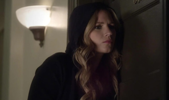 Pretty Little Liars Burning Question: Is CeCe Helping Ali?
