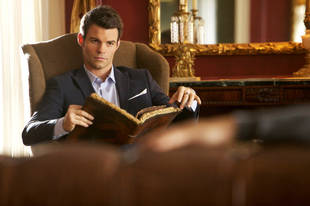 The Originals Burning Question: What Deal Did Elijah Make With Davina?