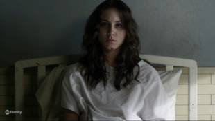 "Pretty Little Liars Star Troian Bellisario Reveals Spencer Was Supposed to Be on the ""A"" Team!"