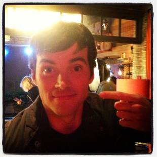 Pretty Little Liars Star Ian Harding Reaches 1 Million Twitter Followers!