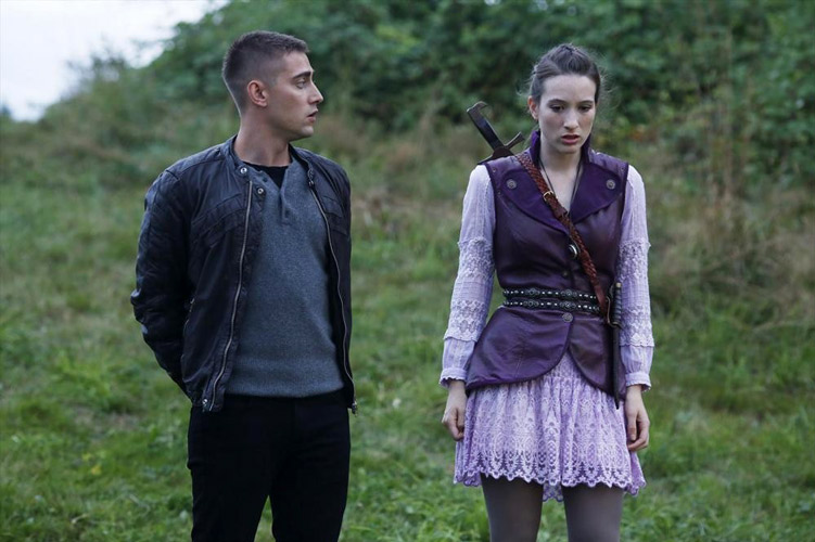 Once Upon a Time in Wonderland Premiere Recap: Welcome to Wonderland!