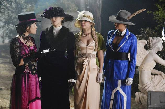 Pretty Little Liars Live Recap: Season 4 Halloween Episode — Is Ali Alive?