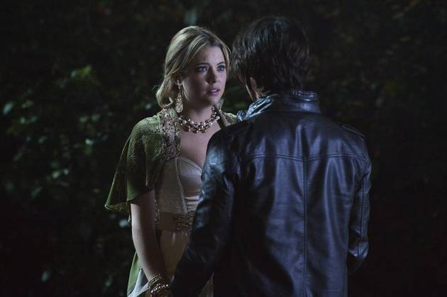 Pretty Little Liars Season 4 Halloween Episode: 10 Burning Questions — Was Ezra Hiding His Cut?