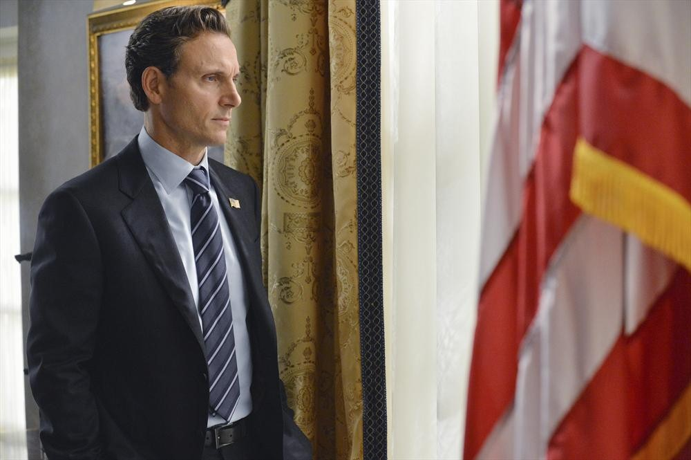 Scandal Season 3, Episode 2 Sneak Peek: Fitz Faces Off With Cyrus and Mellie (VIDEO)